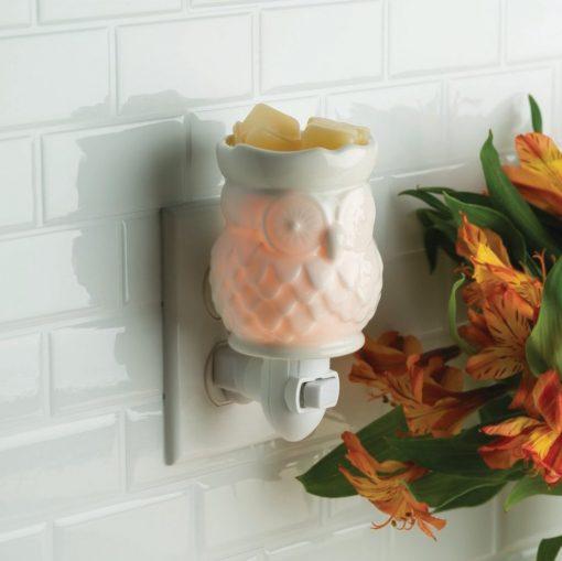 White Owl Pluggable Fragrance Warmer